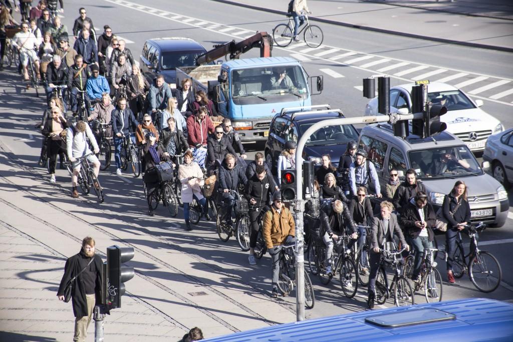 Straßenszene in Kopenhagen. 30% Radverkehrsanteil in Berlin? Absolut realisitsch, sagt Colville-Andersen (Foto: Copenhagenize Design Co)