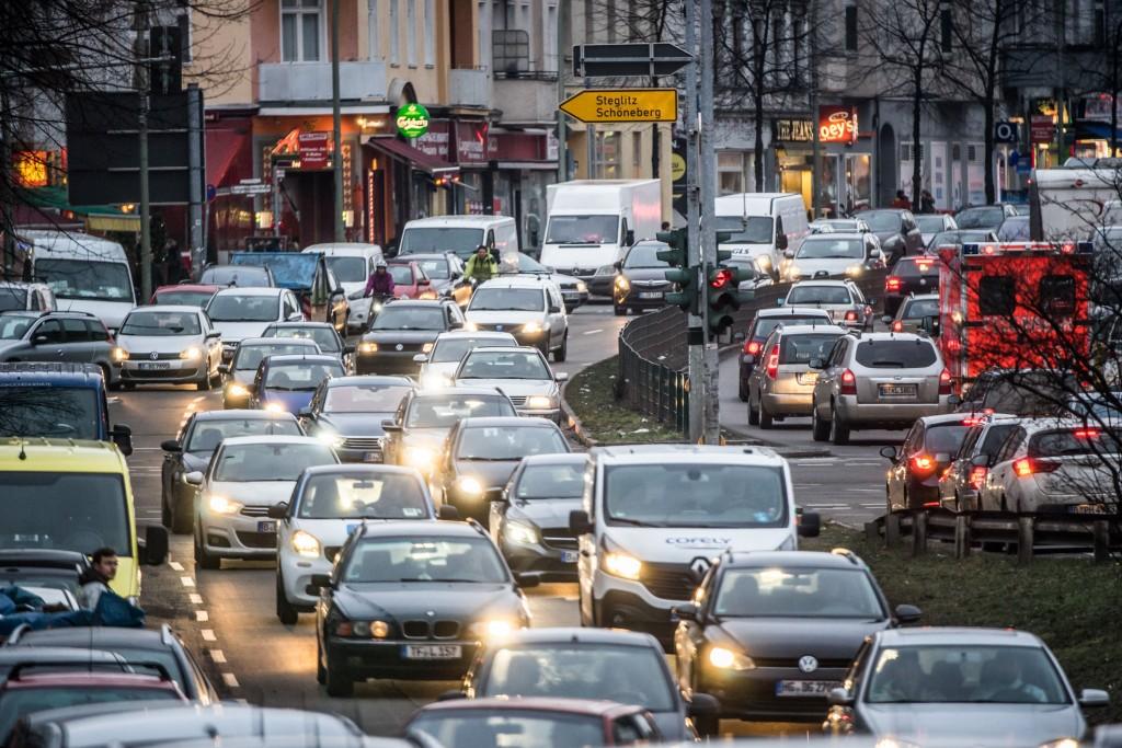 Autoverkehr in Berlin, Mariendorfer Damm